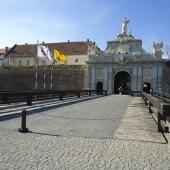 Restaurarea Porții V, Fortificație în Alba Iulia