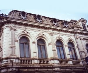 """Semnarea contractului de proiectare și execuție a lucrărilor de consolidare și restaurare a Bibliotecii Franceze """"Omnia"""" Craiova"""